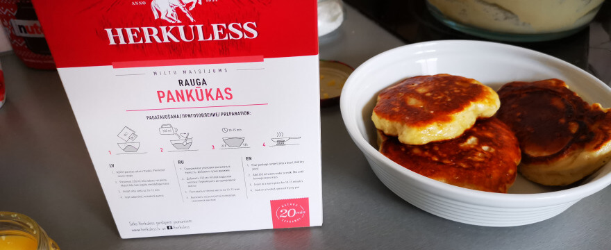 Vienkāršākais veids kā pagatavot garšīgas rauga pankūkas
