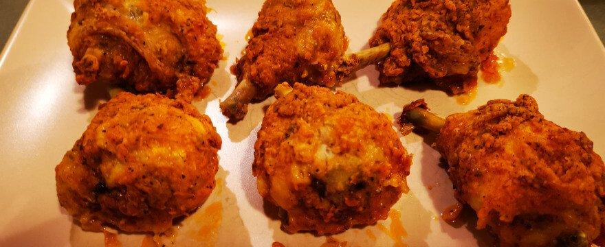 Kā pagatavot KFC stila vistas gabaliņus cepeškrāsnī